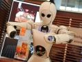 36-cebit2011-aila-roboter