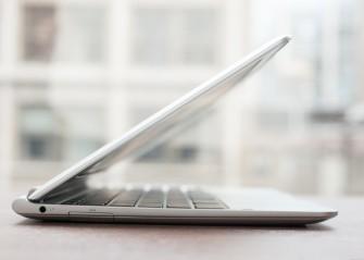 Samsung_Chromebook_XE303C12_seitlich