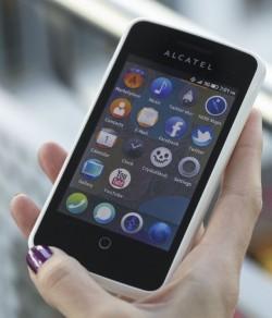 Alcatel One Touch Fire mit Firefox OS  (Bild: Deutsche Telekom AG)