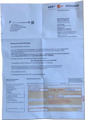 Das Schreiben der Betrüger enthält sogar einen Überweisungsträger (Bild: Polizei Mittelhessen).