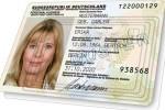 Der neue Personalausweis soll eine sichere Authentifizierung für Online-Dienste ermöglichen - und das schon verbreitete Single-Sign-on-System OpenID nutzen (Bild: Bundesinnenministerium).
