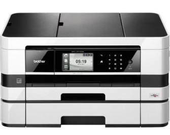 Das quer verbaute Druckwerk ist die auffälligste Besonderheit des vielseitigen Brother MFC-J4710DW (Bild: Brother).