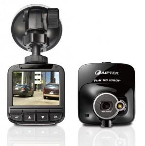 Der Car Camcorder X-mini von Aiptek ist jetzt für 119 Euo im Handel (Bild: Aiptek).