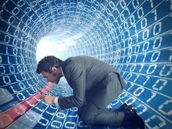 Laut US-Bundesrichter James Francis gilt ein Durchsuchungsbefehl bei einem US-Cloud-Anbieter auch für in Europa gespeicherte Daten (Bild: Shutterstock).