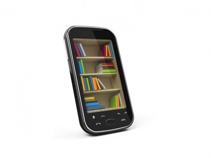 E-Books Ssmartphone (Bild: Shutterstock/Sashkin)