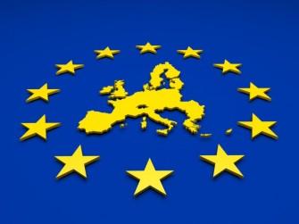 Der EU-Industrieausschuss will Roaminggebühren zum 15. Dezember 2015 abschaffen.