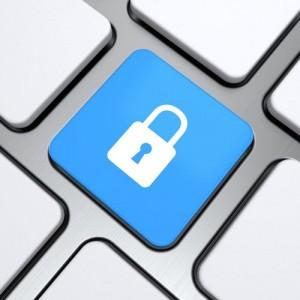 Initiativen für mehr IT-Sicherheit in KMU sind noch ausbaufähig (Bild: Shutterstock/artgraphics)