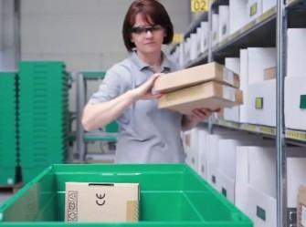 Vuzix hat für seine Computerbrillen zusammen mit SAP Einsatzszenarien im professionellen Umfeld erarbeitet (Screenshot: ITespresso bei YouTube).