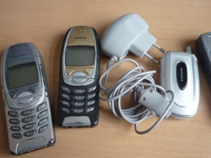 alte-mobiltelefone