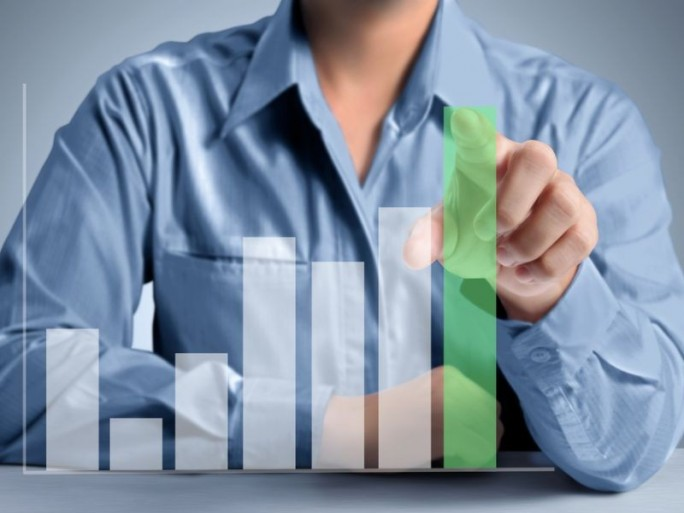 zahlen-analyse (Bild: Shutterstock / Denphumi)