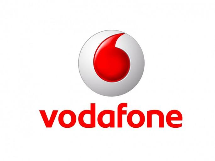 Vodafone und Secusmart stellen zur CeBIT 2014 die Verschlüsselungs-App Secure Call vor.