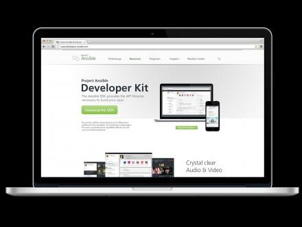 """Mit dem Software Development Kit können Entwickler in Unternehmen maßgeschneiderte Lösungen oder Erweiterungen für """"Ansible"""" bauen. (Bild: Siemens Enterprise Communications)"""
