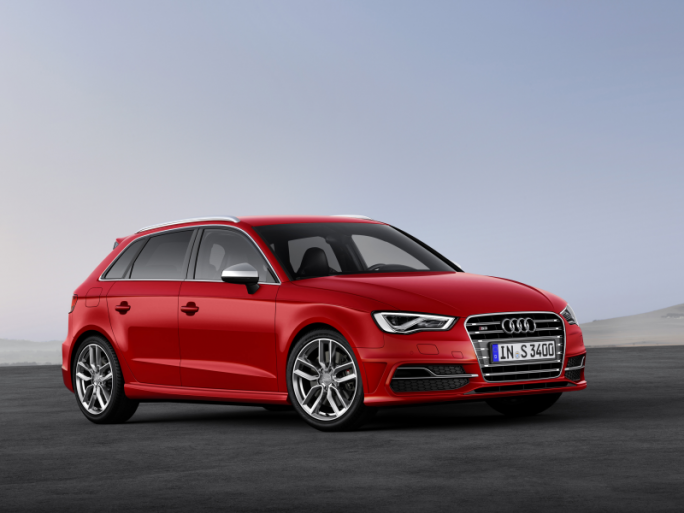 Audi will in seinen Fahrzeugen Funktionen von Android- und iOS-Geräten integrieren (Bild: Audi AG).