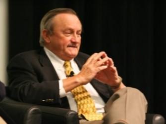 William Lowe im Jahr 2007 auf einer Veranstaltung anlässlich des 25. Geburtstages des Commodore 64 (Bild: CNET)