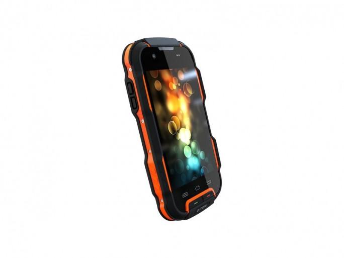 Outdoor-Smartphone Benefon P331 (Bild: Presentec)