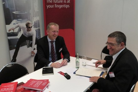 Fujitsu-Manager Rupert Lehner im Gespräch mit ITespresso-Autor Mehmet Toprak.