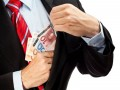 bestechung-korruption (Bild: Shutterstock / el lobo)