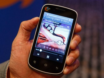 firefox-os-smartphone-800
