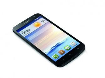 4 GByte internen Speicher bietet das Ascend G730. Dieser lässt sich per MicroSD-Karte um bis zu 32 GByte erweitern (Bild: Huawei)