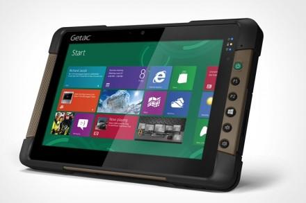 Unverwüstlich: Das robuste Tablet T800 ist gegen Staub, Wasser, Stöße und Temperaturschocks geschützt. (Foto: Getac)