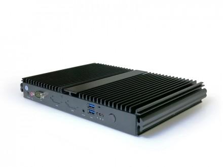 Der Minirechner F300 von Giada arbeitet mit Intels Core-i5-Prozessor und bietet so ausreichend Leistung im Betrieb mit Windows. (Foto: Giada Technology)