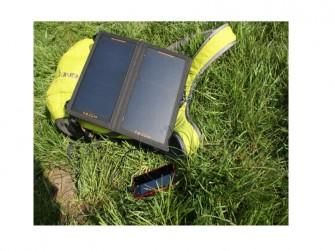 Solarbooster im Gras