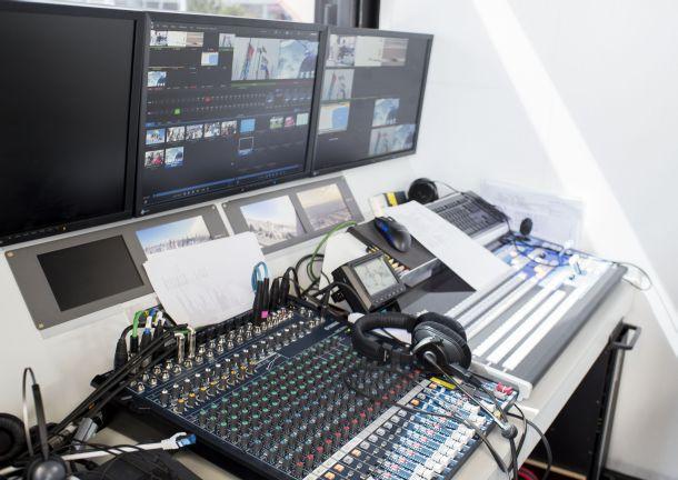 """Das """"Sendezentrum"""" für die Verteilung der per LTE TDD empfangenen Videosignale per LTE Broadcast (Bild: Janina Schuster / Vodafone)."""
