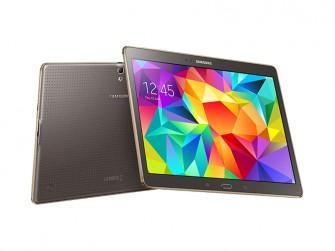 Die Auflösung der 10,5 und 8,4 Zoll großen Super-AMOLED-Touchscreens des Galaxy Tab S erreicht 2560 mal 1600 Pixel (Bild: Samsung).