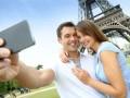 Resie Smartphone (Bild: Shutterstock / Goodluz)