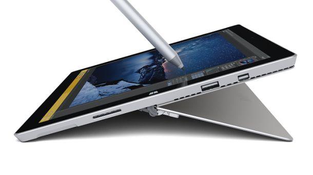 Surface Pro 3 mit Stylus (Bild: Microsoft)