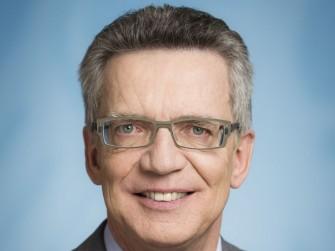 Pro Vorratsdatenspeicherung: Bundesinnenminister Thomas de Maiziere (Bild: BPA / Jesco Denzel)