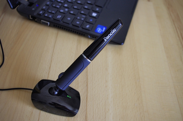 Die USB-Variante Penclic Mouse D3 kostet 59 Euro. Das Kabel ist 1,6 Meter lang (Foto: Mehmet Toprak).