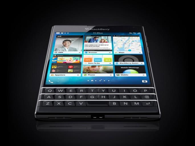 Blackberry Passport (Bild: Blackberry)