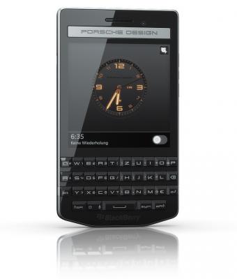 Blackberry hat mit dem P9983 sein drittes Smartphone im Porsche-Design präsentiert (Bild: Blackberry).