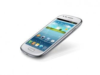 Das Samsung Galaxy S III Mini ist ab 24. Februar für 111 Euro bei Real im Angebot (Bild: Samung)