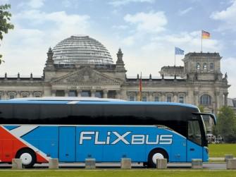 Google Maps zeigt nun auch Fernbus-Verbindung bei der Routenplanung an (Bild: Flixbus).