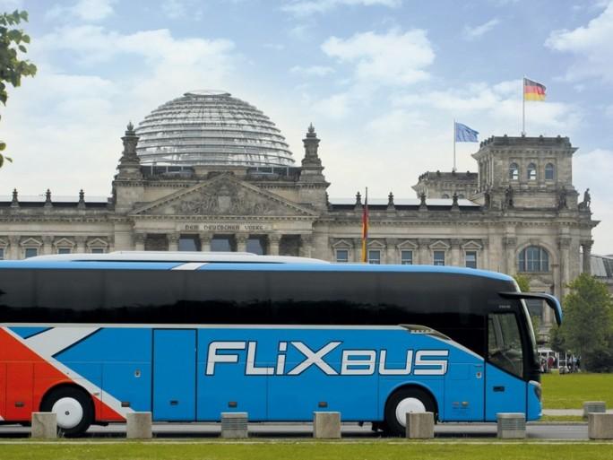 Google Maps zeigt nun auch Fernbus-Verbindung bei der Routenplanung an. (Bild: Flixbus)