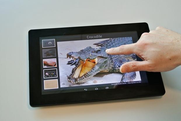 Mehr als ein Touchdisplay: Das haptische Display gibt taktiles Feedback an den Finger. Das abgebildete Gerät ist noch ein Prototyp (Foto: Fujitsu)