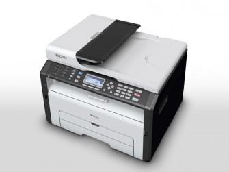 Der Ricoh SP 213SFNw ist mit WLAN-Modul, Fax-Funktion und Ethernet-Port das bestausgestattete der neuen Druckgeräte des Herstellers (Bild: Ricoh).