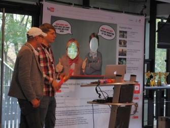 Christian Tembrink und Hendrik Unger bei ihrem Vortrag auf dem SEO Day 2014 (Bild: SEO Day / Fabian Rossbacher)