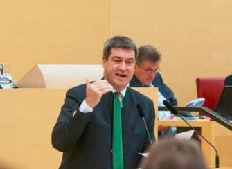 Minister Söder bei seiner Regierungserklärung vor dem Bayerischen Landtag (Bild: STMF Bayern).