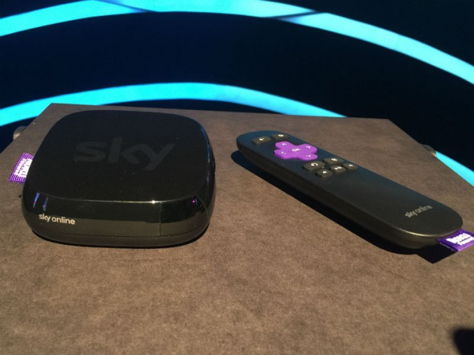 In Kooperation mit Roku bietet Sky ab sofort eine Streaming-Box an (Bild: Matthias Sternkopf/Gizmodo)