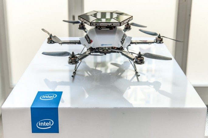 realsense-drohne (Bild: Intel)