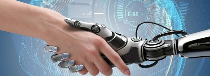 Mensch und Roboter (Bild: Shutterstock/Willyam Bradberry