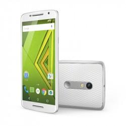 Das Moto X Play wird ab August mit 16 GByte für 349 Euro verkauft (Bild: Motorola).