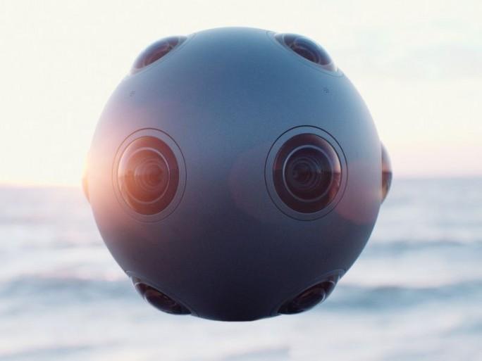 Die Virtual-Reality-Kamera Ozo richtet sich an professionelle Anwendern und  soll im Herbst in den Handel kommen (Bild: Nokia).