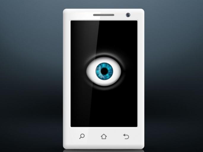 Spionage Smartphone (Bild: Shutterstock/Trifonenko Ivan)