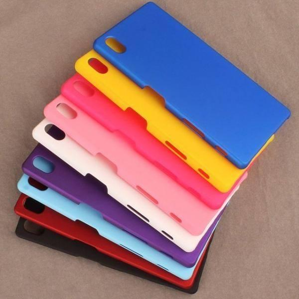 Schutzhüllen für die neuen Xperia-Z5-Smartphones (Bild: Sony).