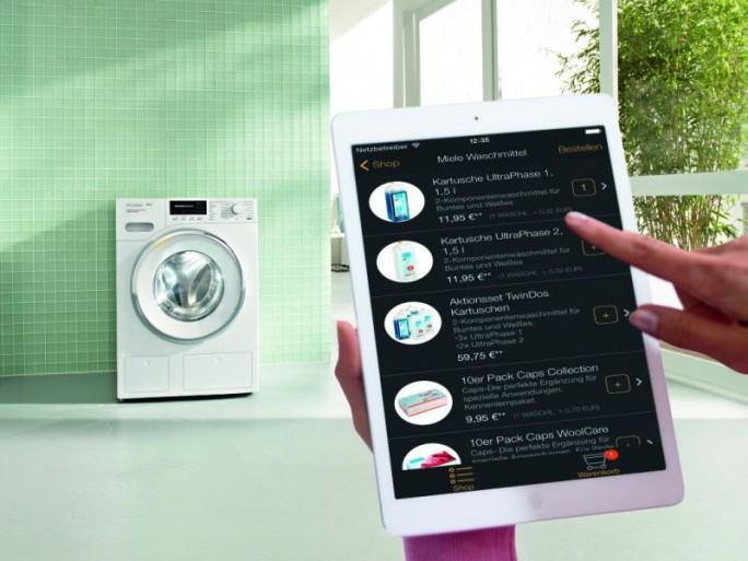 Die vernetzte Waschmaschine WMH 721 WPS EditionConn@ct bietet Miele zunächst probewesie ab Frühjahr 2016 an (Bild: Miele).