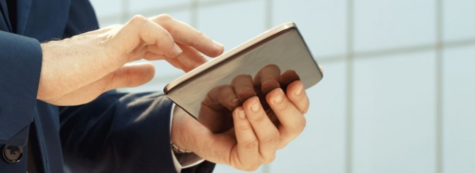 Business Tablet (Bild: Shutterstock/photo_oles)